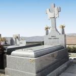 Lápida de granito modelo 23