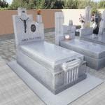 Lápida de granito modelo 25
