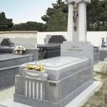 Lápida de granito modelo 28