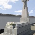 Lápida de granito modelo 29