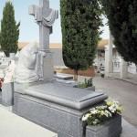 Lápida de granito modelo 36